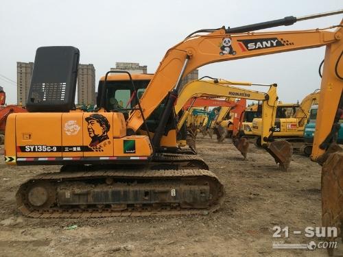 三一135和215二手挖掘机