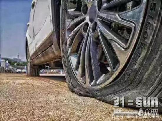 吊车老司机们,这些起重机的轮胎保养知识是否知道?