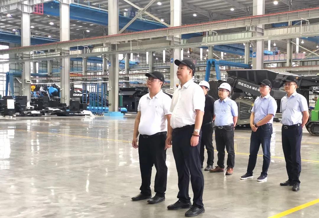 玉柴股份高级副总裁谭贵荣一行到访美斯达集团