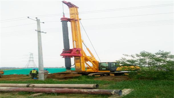 亿工机械湖南洞口县施工