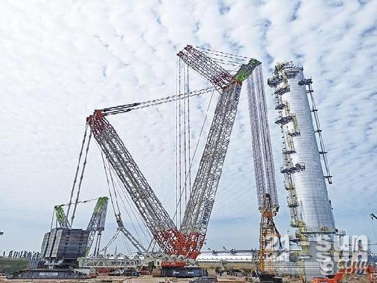 1850吨!中联重科3200吨起重机再刷吊装新纪录助力重大建设