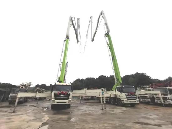 福田雷萨功勋泵车批量交付十年合作伙伴