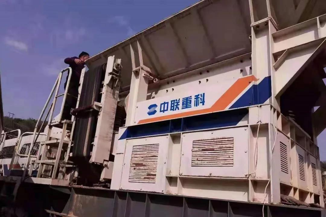 中联重科轮胎移动式建筑垃圾处理站