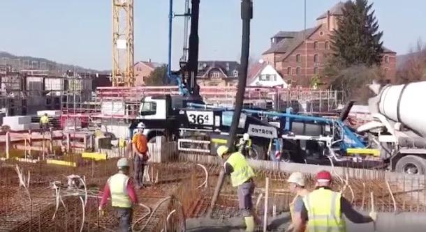 """""""混合动力""""iONTRON混凝土泵车"""