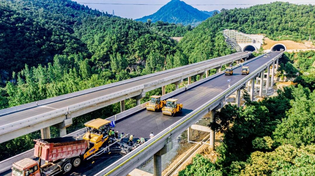 全国大规模实装 徐工方案智建交通