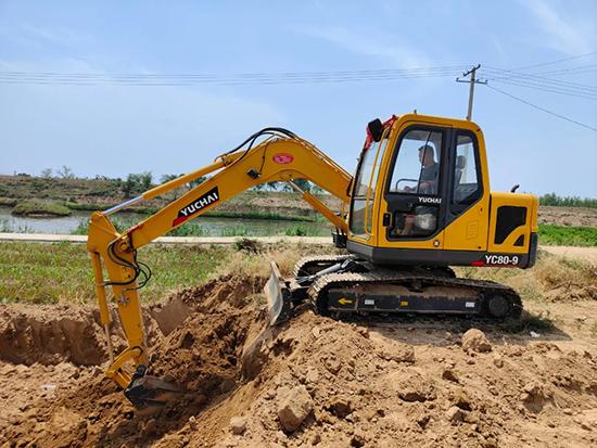 陕西渭南钱老板:3台玉柴挖掘机是我创富的好伙伴