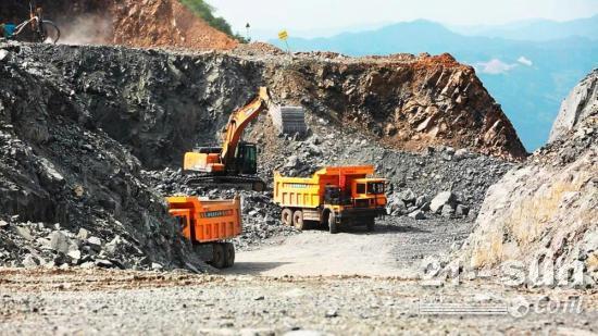 同力重工纯电动非公路宽体自卸车助力矿山绿色发展!