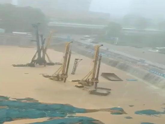 燃油旋挖钻机受淹维修注意事项