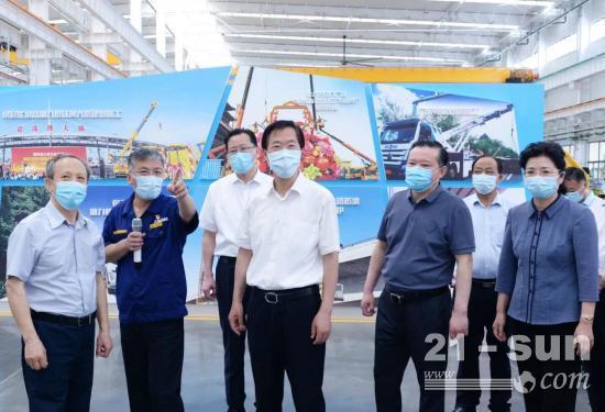 持续增强工程机械产业竞争力!徐州市委书记庄兆林调研徐工