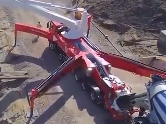 中国制造到底多厉害?国产全球最长的臂架泵车,高度直达三十层楼