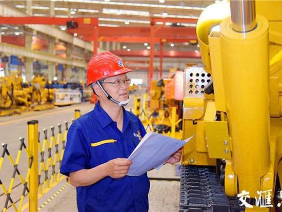孔庆华团队:37年打造工程机械民族品牌