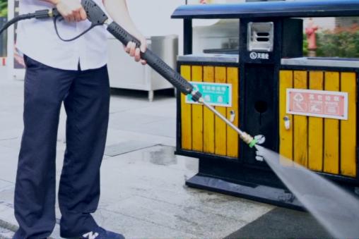 FLMSY18柴油版小型扫路机