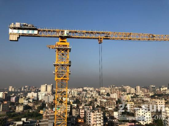 一带一路丨孟加拉BRAC大学新校区拔地而起 中联重科塔机高效参建