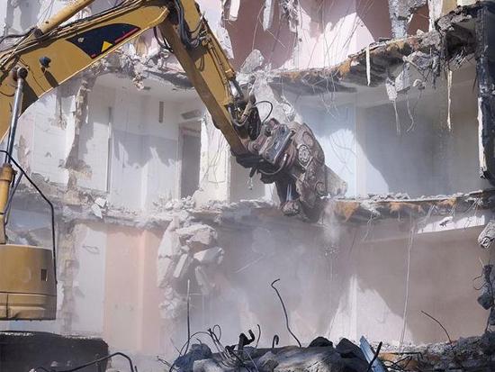 1臺挖掘機干了10臺挖掘機的活!老板偷偷樂了!