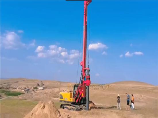 玉柴YCR60D旋挖钻机助力西部风电场建设