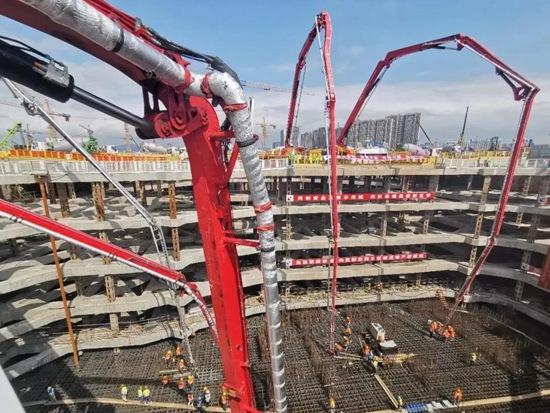 56小时持续浇筑33800方!三一混凝土机械助力江苏第一高楼建设