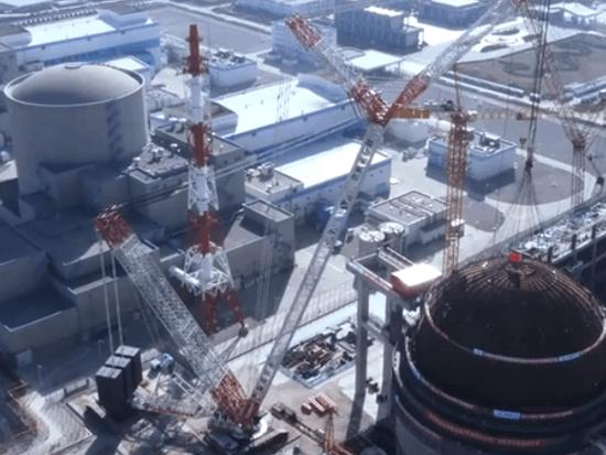 中联重科 Zoomlion ZCC3200NP 国产巨型履带起重机核电站穹顶吊装