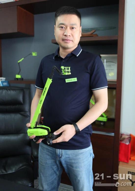 """上海可进机械总经理徐志强:68米高空的""""勇敢派""""无畏先锋"""