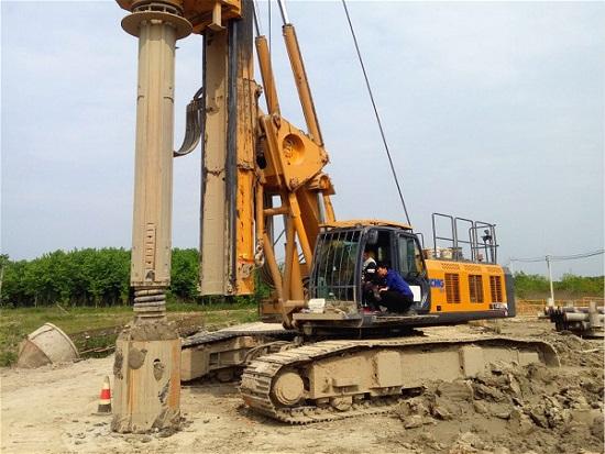 九景衢铁路景德镇段XR360旋挖机施工案例