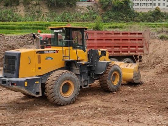 SL58H装载机土方铲装工况