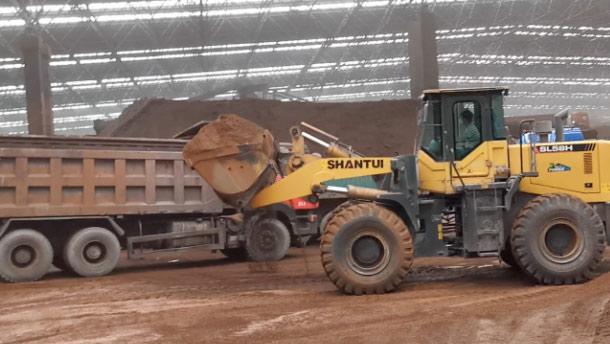 SL58H装载机矿厂施工
