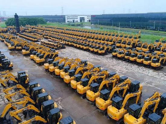 8月挖掘机销量环比上升 累计销量保持稳定增长