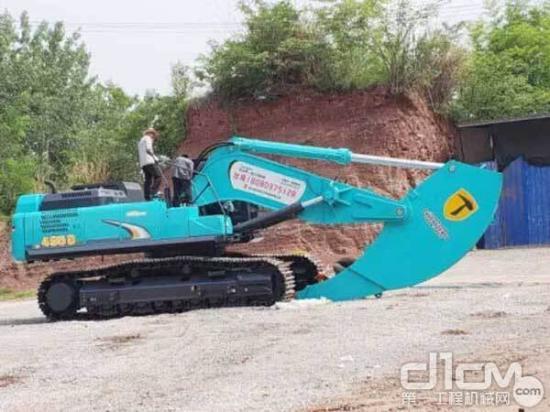 神钢SK495D SuperX挖掘机之松土器篇