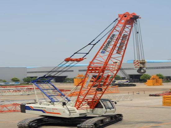 厉害了我的国!徐工造出世界最大履带式起重机,能提骑4500吨