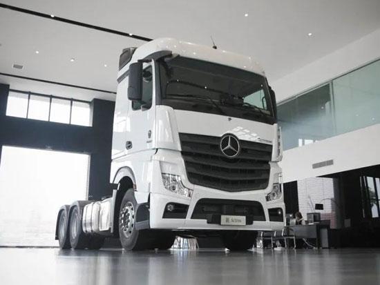 奔驰卡车国产化又爆猛料!配进口发动机,低配价格或60万以下
