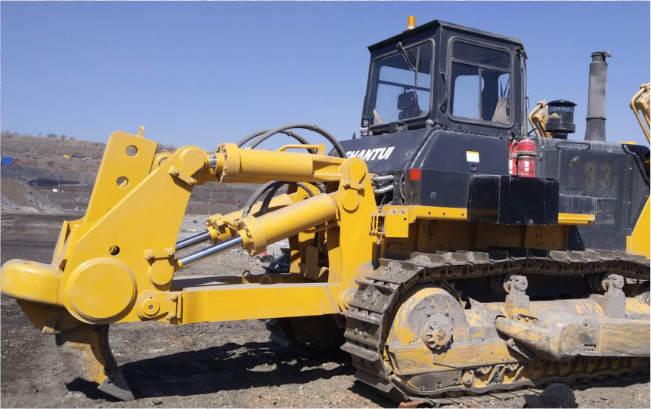 SD32推土机大型煤矿施工