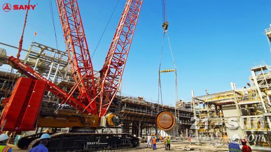 SCC6500A助力阿曼DUQM炼油厂首台反应炉成功吊装就位