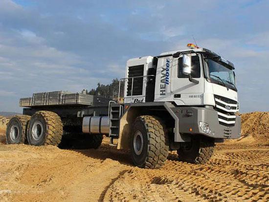 轮胎一人高,最大牵引250吨?带您见识昙花一现的Paul Heavy Mover巨无霸卡车
