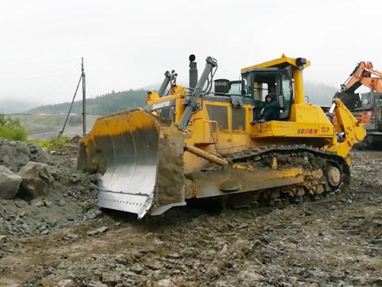 SD60-C5推土机在露天煤矿施工