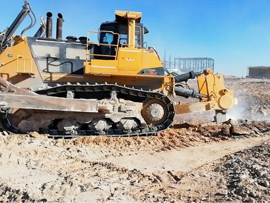 SD90-C5推土机岩石剥离