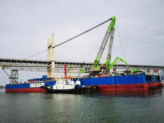 中联重科ZCC18000+ZCC5800助力福建福清海坛海峡海上风电项目