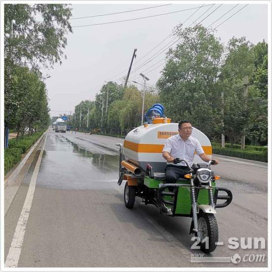 电动三轮洒水车应对道路洒水及降尘、绿化浇水、应急消防的小克星