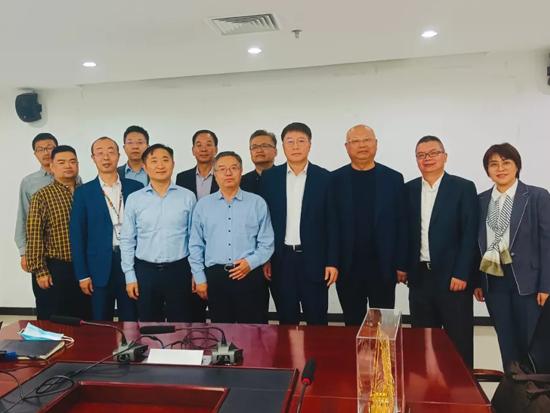小松(中国)张全旺总经理兼CEO一行访问中国电力建设股份有限公司