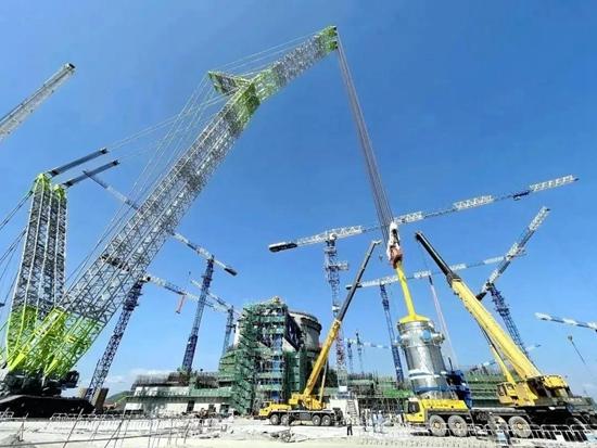 中联ZCC3200NP助力漳州核电1号机组反应堆压力容器吊装成功
